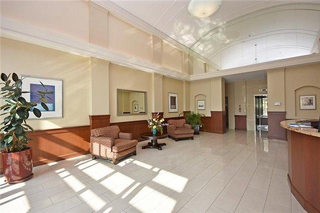 Condo Apartment at 1359 Rathburn Rd E, Unit 704, Mississauga, Ontario. Image 9