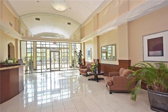 Condo Apartment at 1359 Rathburn Rd E, Unit 704, Mississauga, Ontario. Image 10