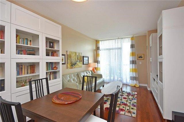 Condo Apartment at 1359 Rathburn Rd E, Unit 704, Mississauga, Ontario. Image 13