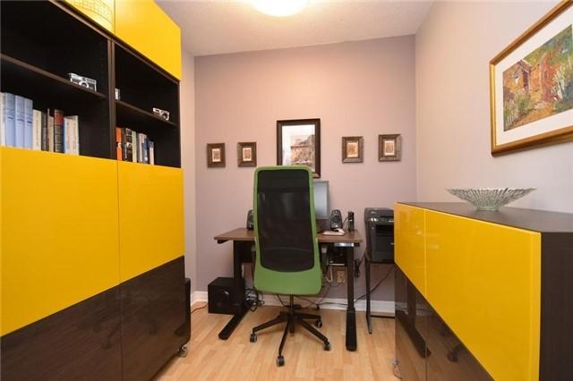 Condo Apartment at 1359 Rathburn Rd E, Unit 704, Mississauga, Ontario. Image 15