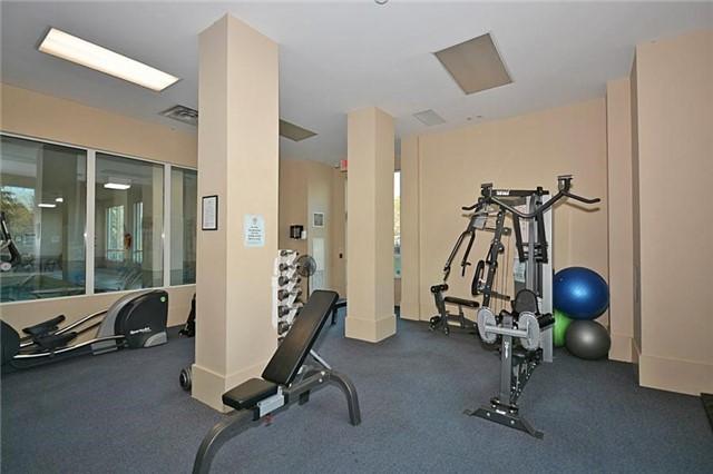 Condo Apartment at 1359 Rathburn Rd E, Unit 704, Mississauga, Ontario. Image 4
