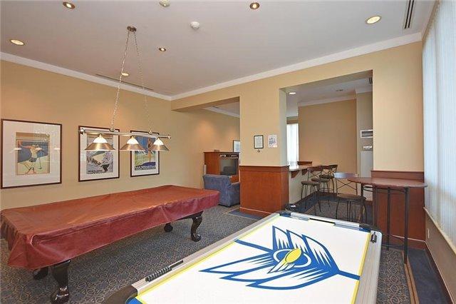 Condo Apartment at 1359 Rathburn Rd E, Unit 704, Mississauga, Ontario. Image 7