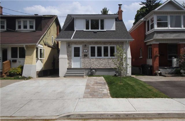 Detached at 15 Somerville Ave, Toronto, Ontario. Image 1