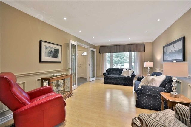 Detached at 2078 Castlefield Cres, Oakville, Ontario. Image 14