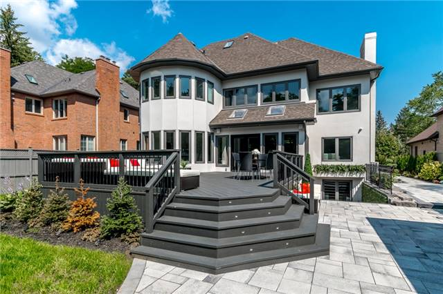 Detached at 2060 Dickson Rd, Mississauga, Ontario. Image 12