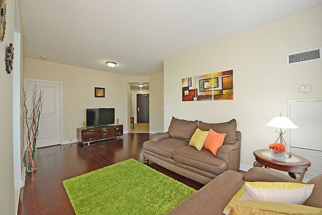Condo Apartment at 70 Absolute Ave, Unit 503, Mississauga, Ontario. Image 12