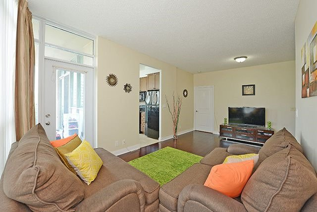 Condo Apartment at 70 Absolute Ave, Unit 503, Mississauga, Ontario. Image 15