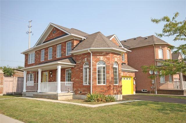 Detached at 1 Bayridge Dr, Brampton, Ontario. Image 1