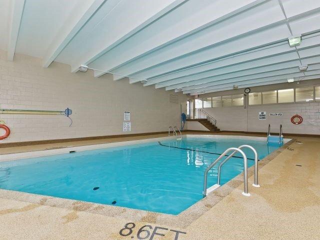 Condo Apartment at 530 Lolita Gdns, Unit 1605, Mississauga, Ontario. Image 9