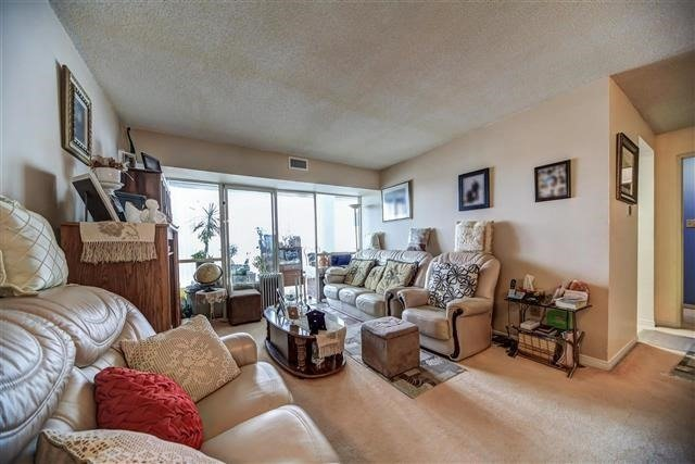 Condo Apartment at 350 Rathburn Rd W, Unit 505, Mississauga, Ontario. Image 13