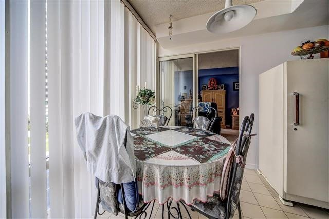 Condo Apartment at 350 Rathburn Rd W, Unit 505, Mississauga, Ontario. Image 19
