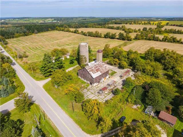 Detached at 20057 St Andrews Rd, Caledon, Ontario. Image 15
