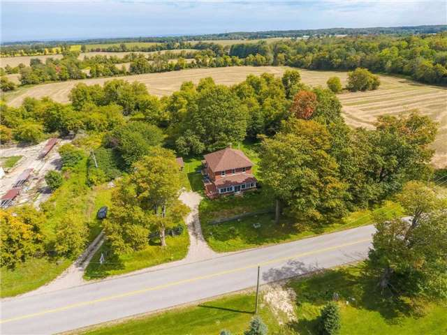 Detached at 20057 St Andrews Rd, Caledon, Ontario. Image 17