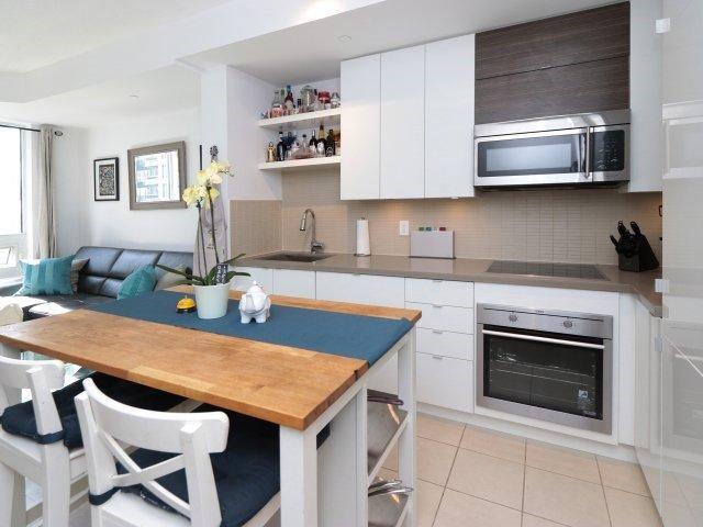 Condo Apartment at 60 Annie Craig Dr, Unit B313, Toronto, Ontario. Image 12
