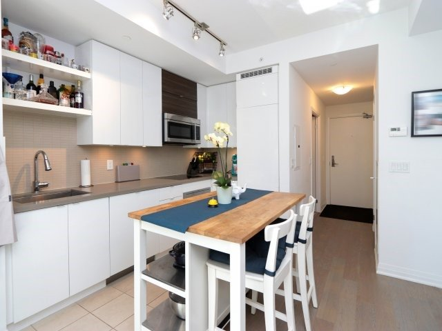 Condo Apartment at 60 Annie Craig Dr, Unit B313, Toronto, Ontario. Image 18
