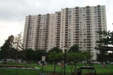 Condo Apartment at 390 Dixon Rd, Unit 2203, Toronto, Ontario. Image 5