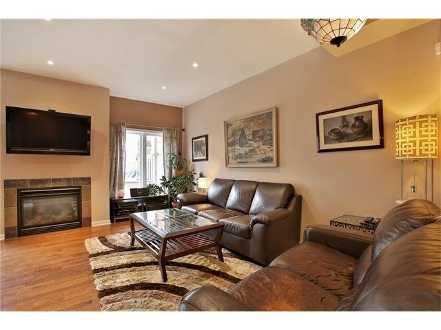 Townhouse at 2295 Whistling Springs Cres, Oakville, Ontario. Image 14