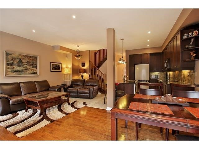 Townhouse at 2295 Whistling Springs Cres, Oakville, Ontario. Image 16