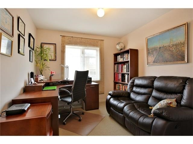 Townhouse at 2295 Whistling Springs Cres, Oakville, Ontario. Image 5