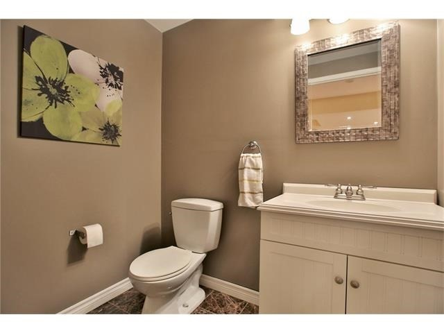 Townhouse at 2295 Whistling Springs Cres, Oakville, Ontario. Image 9