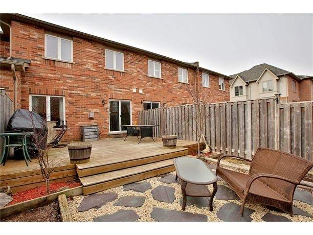 Townhouse at 2295 Whistling Springs Cres, Oakville, Ontario. Image 10