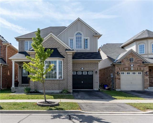 Detached at 928 Philbrook Dr, Milton, Ontario. Image 1