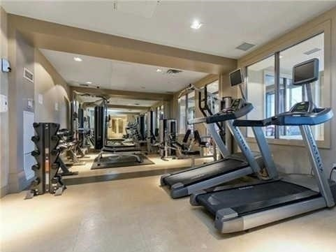 Condo Apartment at 388 Prince Of Wales Dr, Unit 1607, Mississauga, Ontario. Image 11