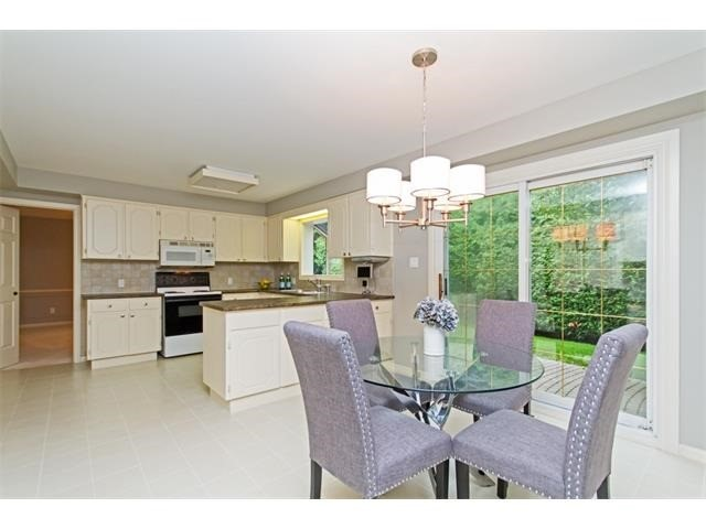 Detached at 1339 Prince Albert Crt, Mississauga, Ontario. Image 3
