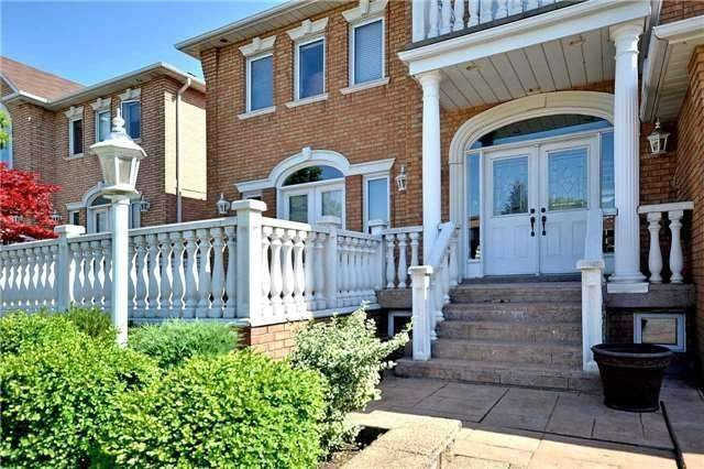 Detached at 1433 Gibson Dr, Oakville, Ontario. Image 12