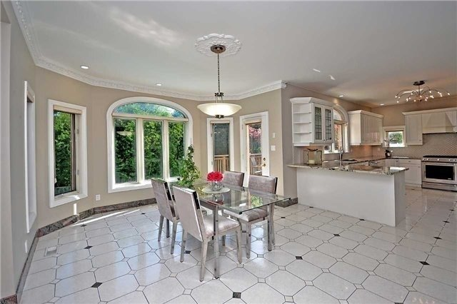 Detached at 1433 Gibson Dr, Oakville, Ontario. Image 16