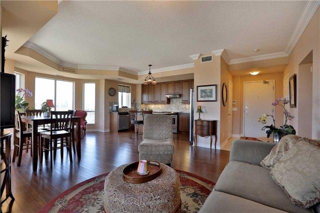 Condo Apartment at 483 Faith Dr, Unit 502, Mississauga, Ontario. Image 17