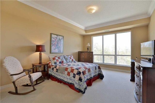 Condo Apartment at 483 Faith Dr, Unit 502, Mississauga, Ontario. Image 6