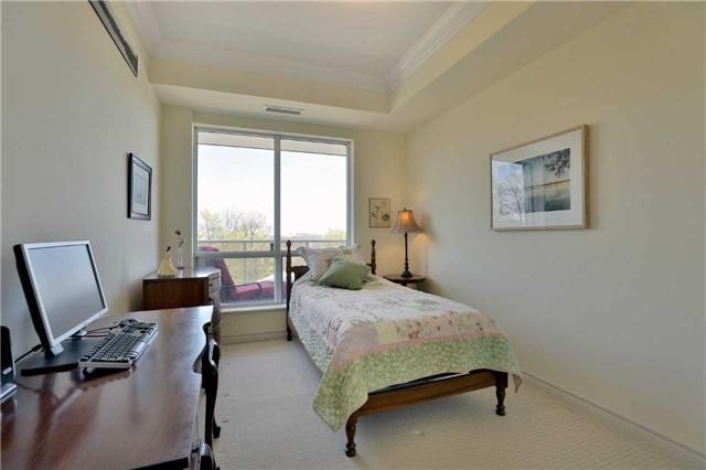 Condo Apartment at 483 Faith Dr, Unit 502, Mississauga, Ontario. Image 8