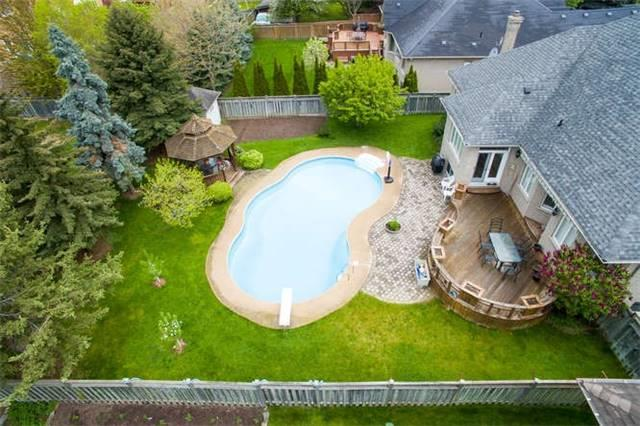 Detached at 2366 Hammond Rd, Mississauga, Ontario. Image 13