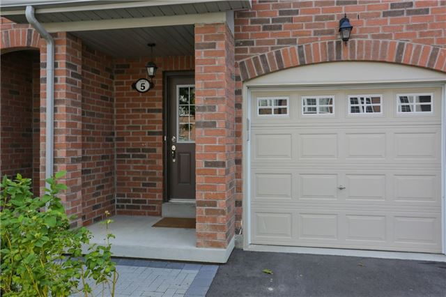 Condo Townhouse at 1133 Haig Blvd, Unit 5, Mississauga, Ontario. Image 12