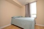 Condo Apartment at 265 Enfield Pl, Unit 506, Mississauga, Ontario. Image 3