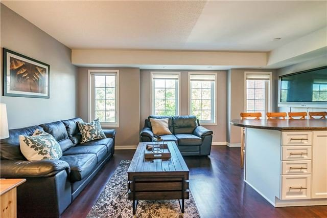 Condo Townhouse at 93 The Queensway Ave W, Unit Th25, Toronto, Ontario. Image 11