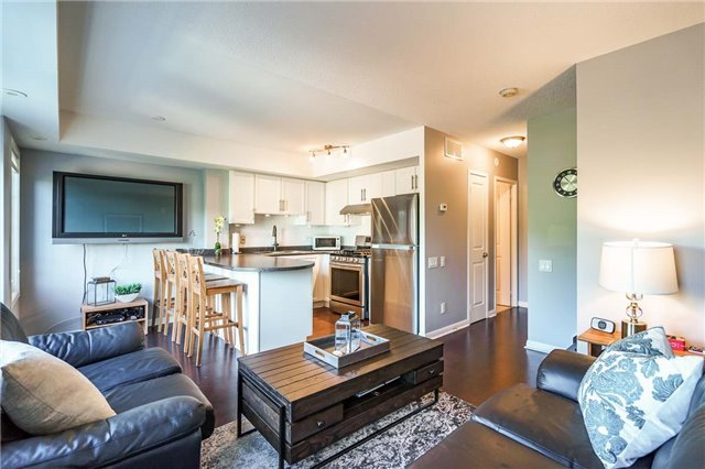 Condo Townhouse at 93 The Queensway Ave W, Unit Th25, Toronto, Ontario. Image 12
