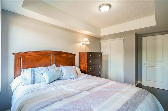 Condo Townhouse at 93 The Queensway Ave W, Unit Th25, Toronto, Ontario. Image 15