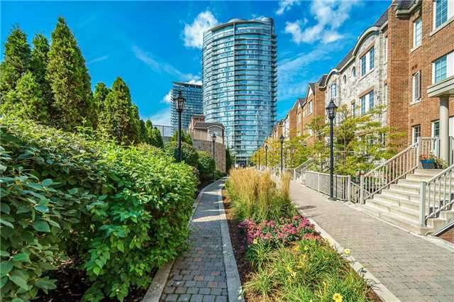 Condo Townhouse at 93 The Queensway Ave W, Unit Th25, Toronto, Ontario. Image 8