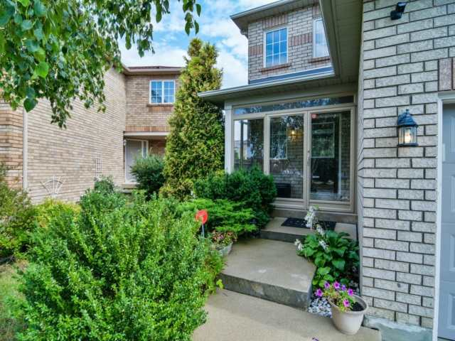 Detached at 5587 Brenchley Ave, Mississauga, Ontario. Image 12