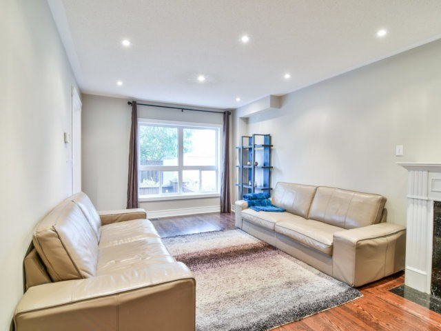 Detached at 5587 Brenchley Ave, Mississauga, Ontario. Image 15