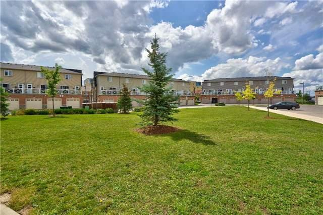 Condo Townhouse at 1380 Costigan Rd, Unit 78, Milton, Ontario. Image 9