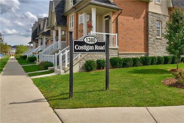 Condo Townhouse at 1380 Costigan Rd, Unit 78, Milton, Ontario. Image 10