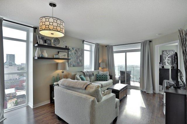 Condo Apartment at 9 George St N, Unit 1405, Brampton, Ontario. Image 11