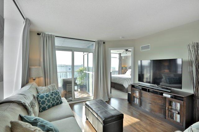 Condo Apartment at 9 George St N, Unit 1405, Brampton, Ontario. Image 12