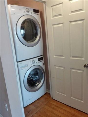 Condo Apartment at 350 Rathburn Rd, Unit 1702, Mississauga, Ontario. Image 16