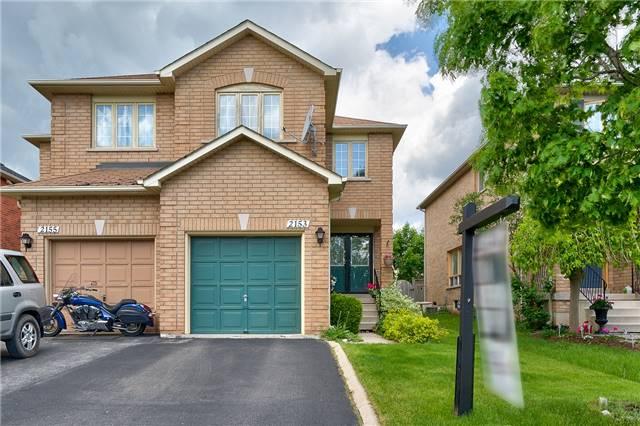 Semi-detached at 2153 Shady Glen Rd, Oakville, Ontario. Image 12