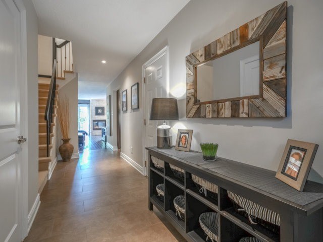 Condo Townhouse at 4165 Fieldgate Dr, Unit 56, Mississauga, Ontario. Image 15