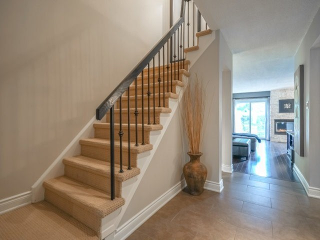 Condo Townhouse at 4165 Fieldgate Dr, Unit 56, Mississauga, Ontario. Image 16
